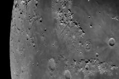 Moon_215801_lapl4_ap1251_Drizzle15_conv